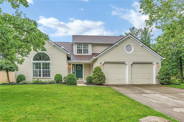 11467  Geist Woods Drive Indianapolis, IN 46236 | MLS 21649824