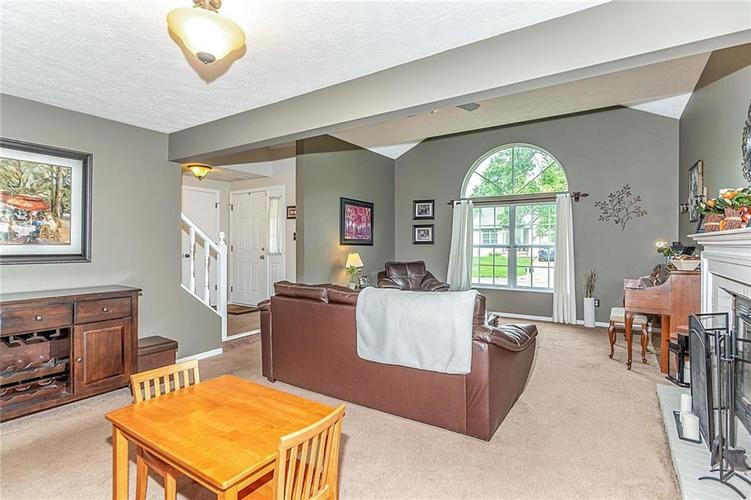 11467 Geist Woods Drive Indianapolis, IN 46236 | MLS 21649824 | photo 11