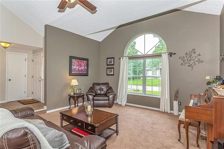 11467 Geist Woods Drive Indianapolis, IN 46236 | MLS 21649824 | photo 13