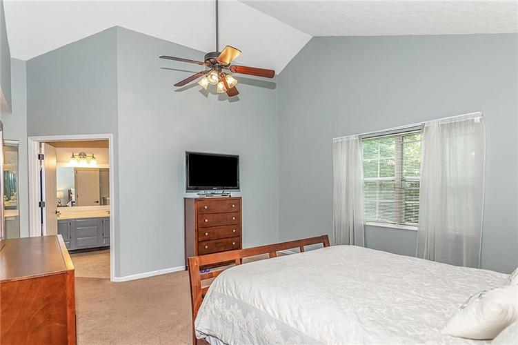 11467 Geist Woods Drive Indianapolis, IN 46236 | MLS 21649824 | photo 24