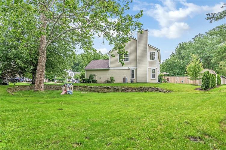 11467 Geist Woods Drive Indianapolis, IN 46236 | MLS 21649824 | photo 32