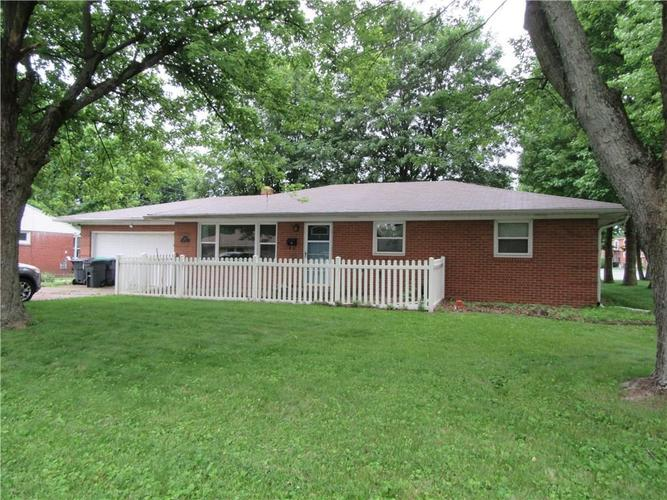 500  BREWER Place Greenwood, IN 46142 | MLS 21649833