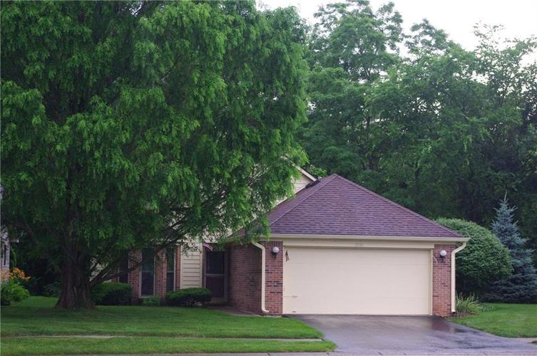 5590 Crystal Bay West Drive Plainfield, IN 46168 | MLS 21649846 | photo 1