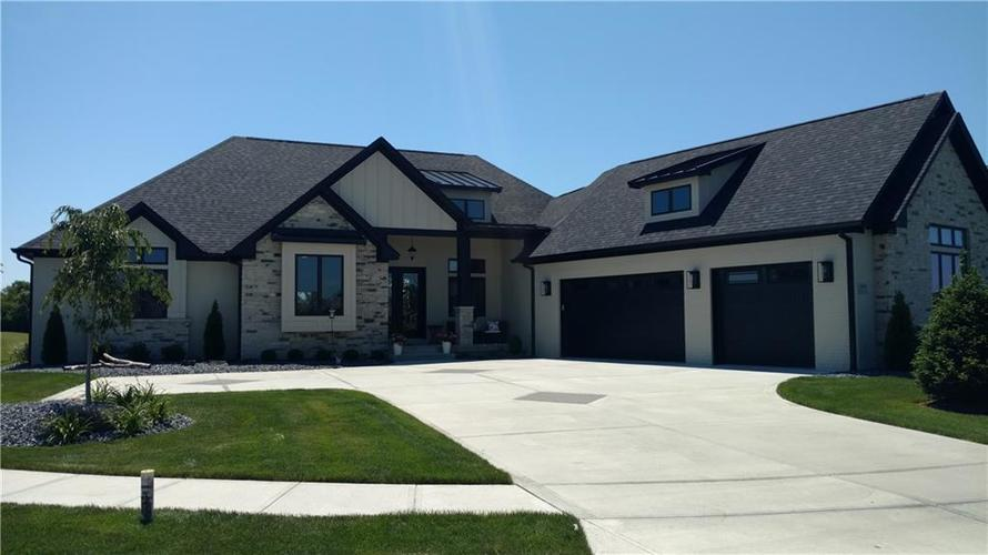 1270 Maclaren Court Franklin, IN 46131 | MLS 21649850 | photo 1