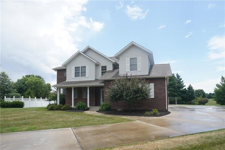 89 Red Maple Court Batesville IN 47006 | MLS 21649890 | photo 1