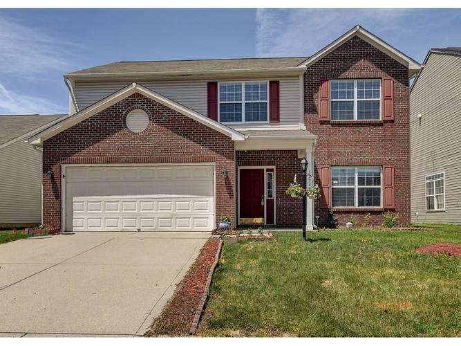 12346 Schoolhouse Road Fishers IN 46037 | MLS 21649893 | photo 1
