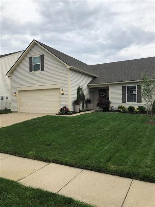 10694  Huntwick Drive Indianapolis, IN 46231 | MLS 21649900