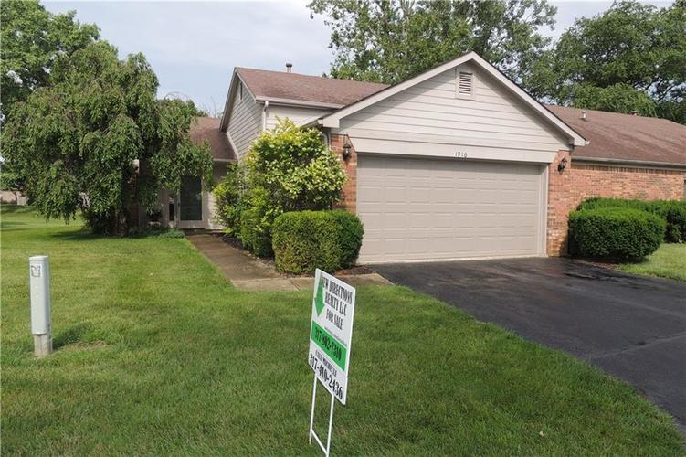 1916 E Crystal Bay Drive Plainfield, IN 46168 | MLS 21649935