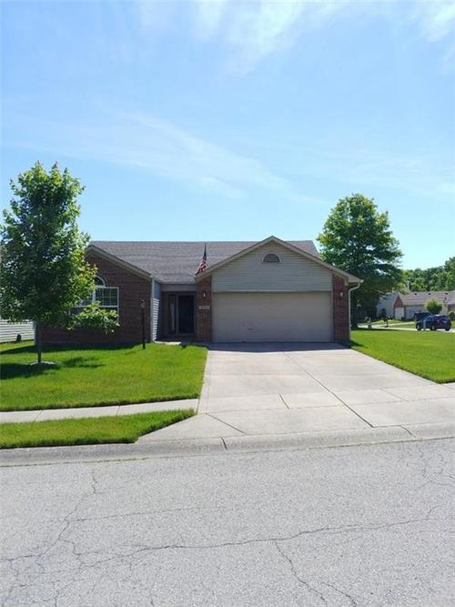 10325  Steambrook Drive Fishers, IN 46038 | MLS 21649946