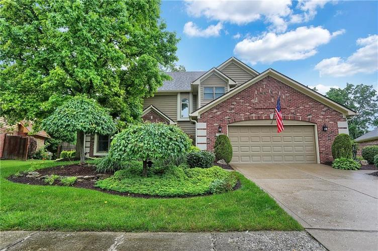 7613 Huddleston Drive E Indianapolis, IN 46217 | MLS 21649983 | photo 1