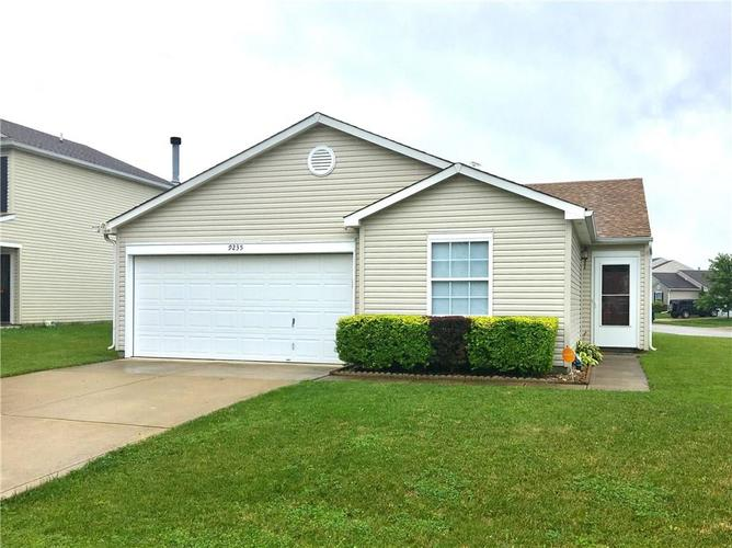 9235  BAKERS CORNER Drive Camby, IN 46113 | MLS 21649994