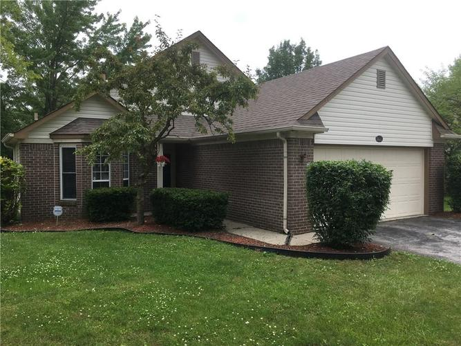 7615 S TROPHY CLUB Drive Indianapolis, IN 46214 | MLS 21650010