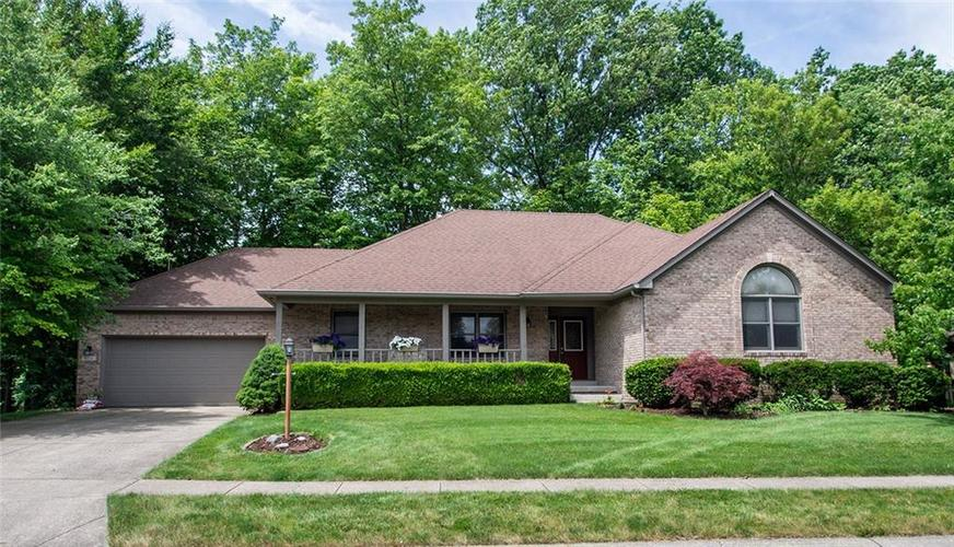 8256  Hampton Circle Indianapolis, IN 46256 | MLS 21650014