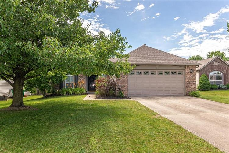 10695  Kyle Court Fishers, IN 46037 | MLS 21650065