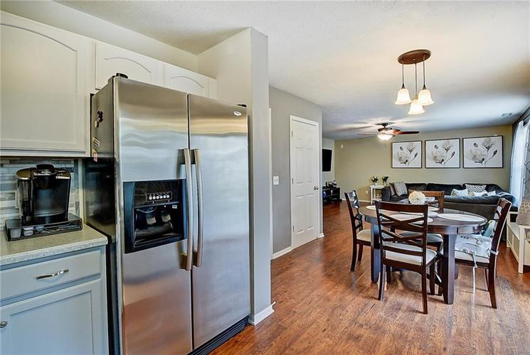 1653 Blackmore Drive Indianapolis, IN 46231 | MLS 21650168 | photo 14