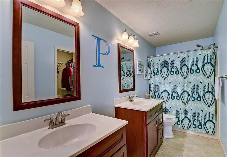 1653 Blackmore Drive Indianapolis, IN 46231 | MLS 21650168 | photo 17