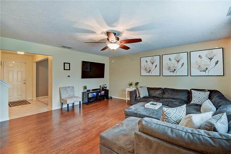1653 Blackmore Drive Indianapolis, IN 46231 | MLS 21650168 | photo 8