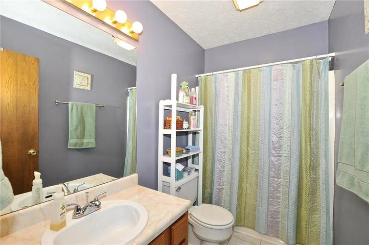 560 Cielo Vista Court Greenwood, IN 46143 | MLS 21650207 | photo 22