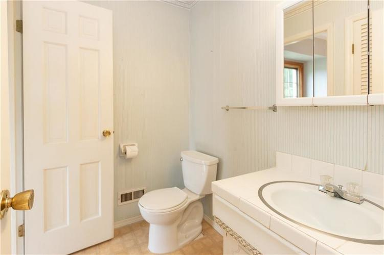 6906 JOHNSON Road Indianapolis, IN 46220 | MLS 21650235 | photo 15