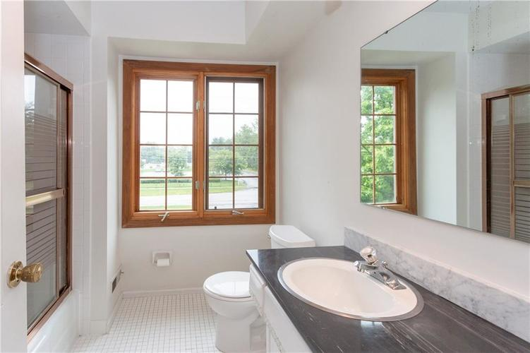 6906 JOHNSON Road Indianapolis, IN 46220 | MLS 21650235 | photo 18