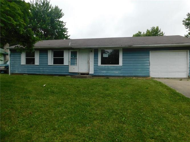 142 E MEADOW Place Hope, IN 47246 | MLS 21650330