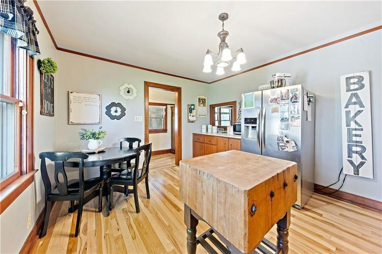 402 Campbell Road Greenwood, IN 46143 | MLS 21650355 | photo 13