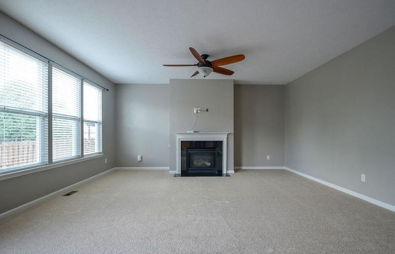 7822 WEDGETAIL Drive Zionsville, IN 46077   MLS 21650369   photo 18