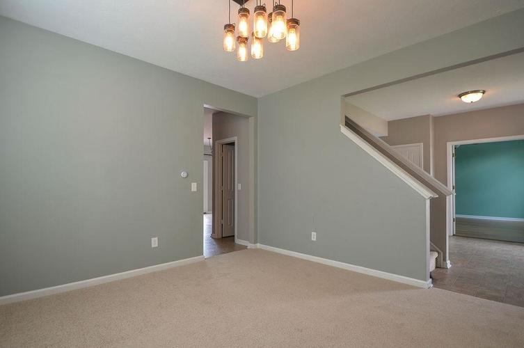 7822 WEDGETAIL Drive Zionsville, IN 46077   MLS 21650369   photo 6