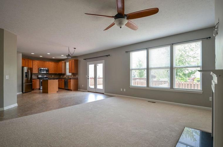 7822 WEDGETAIL Drive Zionsville, IN 46077   MLS 21650369   photo 8
