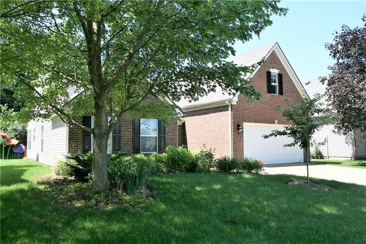 4003 Towhees Drive Indianapolis, IN 46237 | MLS 21650400 | photo 1