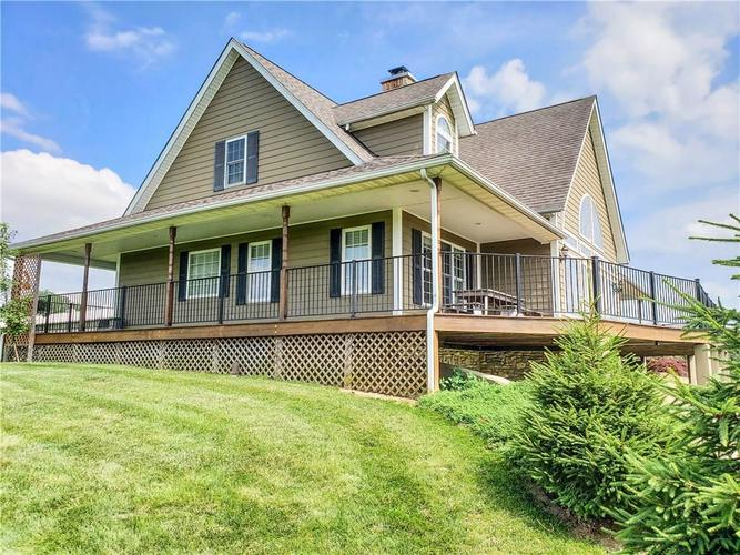 9157  Oxford Pike Brookville, IN 47012 | MLS 21650462