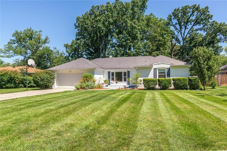 7026  Castle Manor Drive Indianapolis, IN 46214 | MLS 21650497