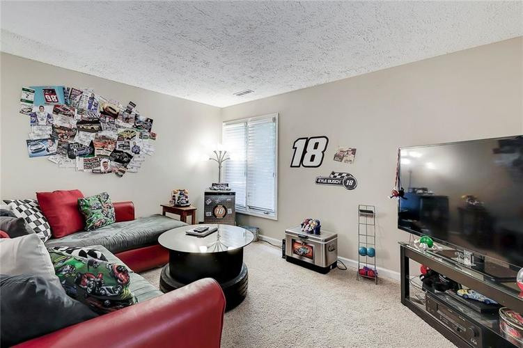 844 Forest Ridge Drive Noblesville, IN 46060 | MLS 21650498 | photo 21