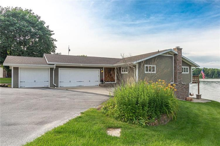 5324 S Holiday Drive Crawfordsville, IN 47933 | MLS 21650624