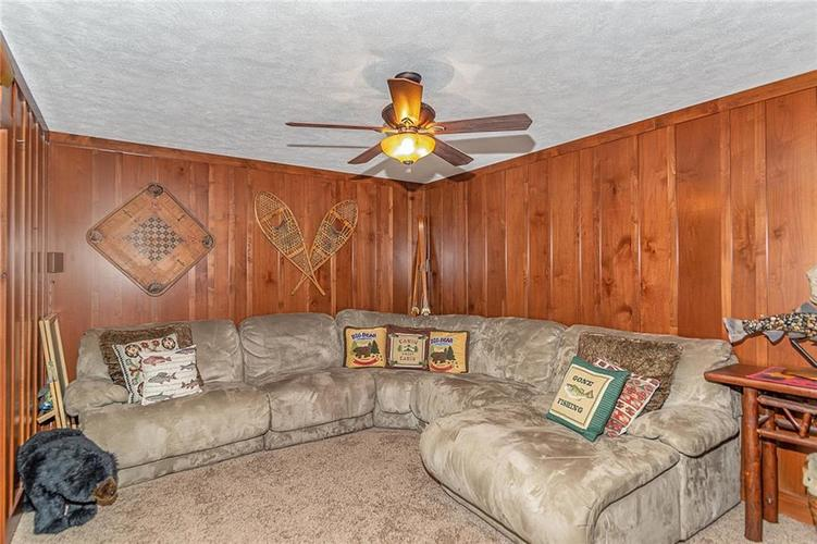 5324 S Holiday Drive Crawfordsville, IN 47933 | MLS 21650624 | photo 15