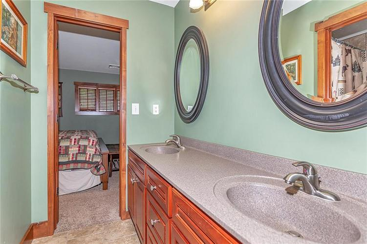5324 S Holiday Drive Crawfordsville, IN 47933 | MLS 21650624 | photo 28