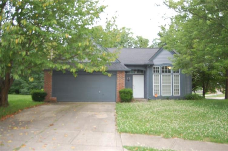 1138 Chattanooga Circle Indianapolis, IN 46229 | MLS 21650627 | photo 1