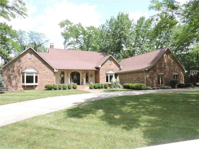 4532  WOODHAVEN Drive Zionsville, IN 46077 | MLS 21650645