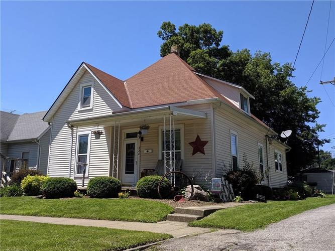 324 W 9th Street Rushville, IN 46173 | MLS 21650687 | photo 1
