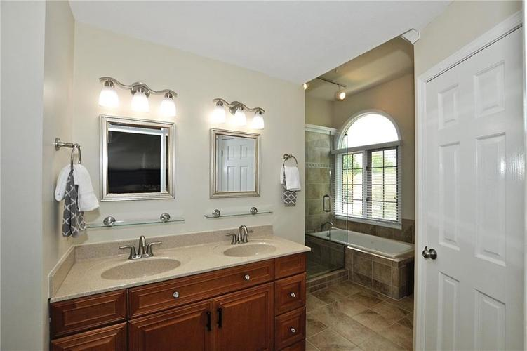 11684 Tarrynot Lane Carmel, IN 46033 | MLS 21650716 | photo 26