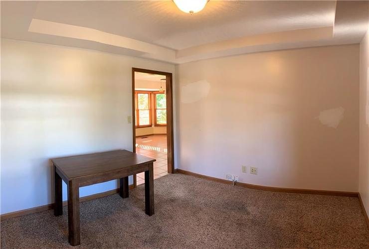 5885 Hall Road Plainfield, IN 46168 | MLS 21650800 | photo 10