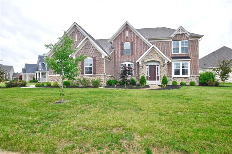 5788 Oakstrand Way Bargersville, IN 46106 | MLS 21650840 | photo 1
