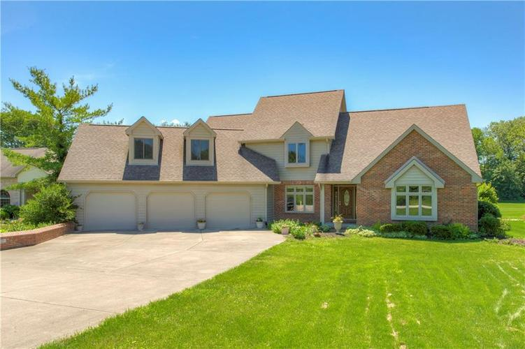 1715 W Foxcliff Drive S Martinsville, IN 46151 | MLS 21650847 | photo 1