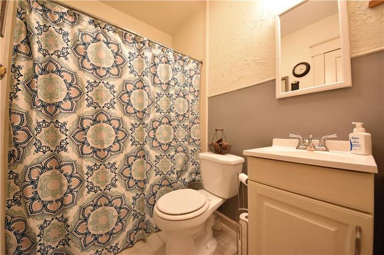 419 Emerson Dr Seymour, IN 47274 | MLS 21650863 | photo 14