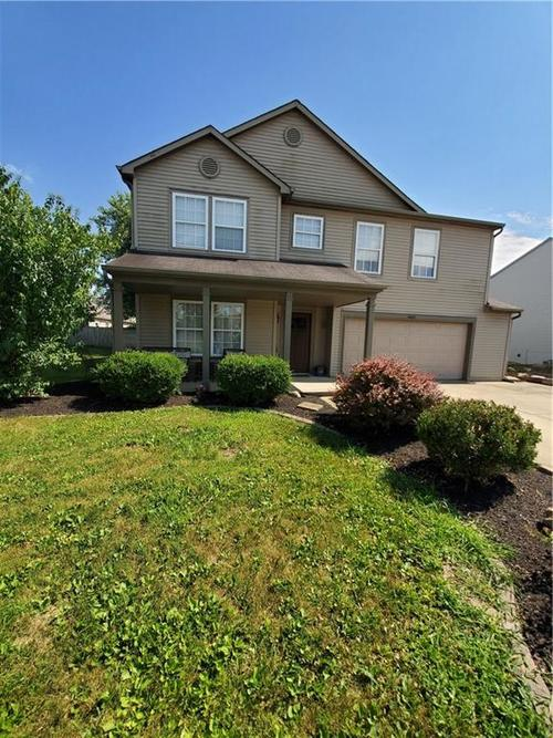 9237 Summerfield Drive Plainfield, IN 46168 | MLS 21650881 | photo 1