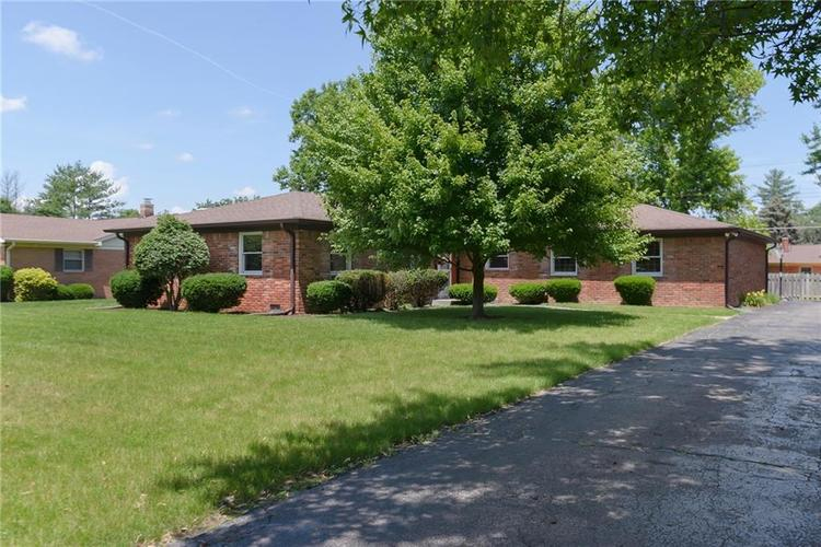 6810 CHAPEL HILL Road Indianapolis, IN 46214 | MLS 21651085 | photo 1
