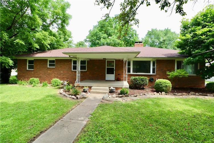 2908 E 62nd Street Indianapolis, IN 46220 | MLS 21651109 | photo 1