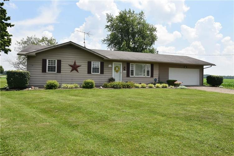 100  11th Street Elizabethtown, IN 47232 | MLS 21651382