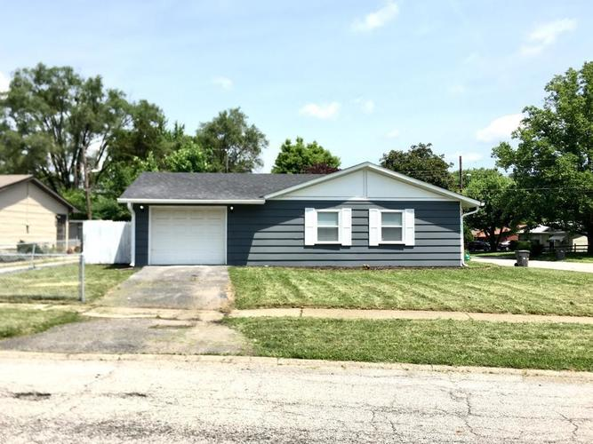 3202 Welch Drive Indianapolis, IN 46224 | MLS 21651407 | photo 1