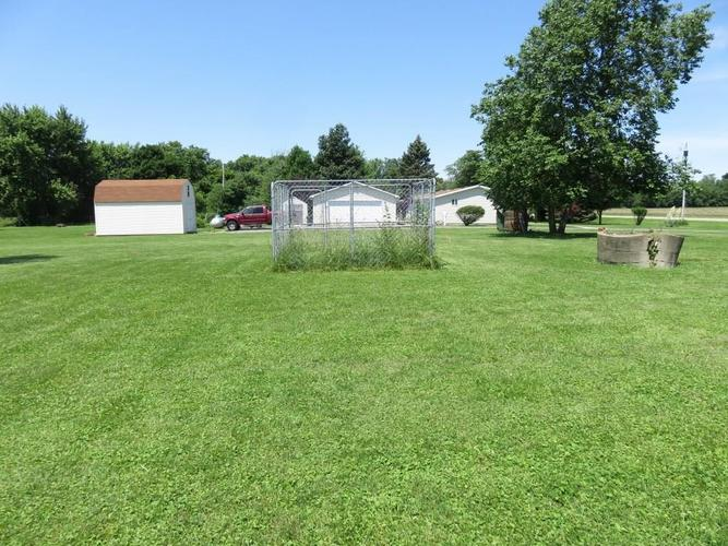 11753 S US Highway 35 Selma, IN 47383 | MLS 21651442 | photo 19